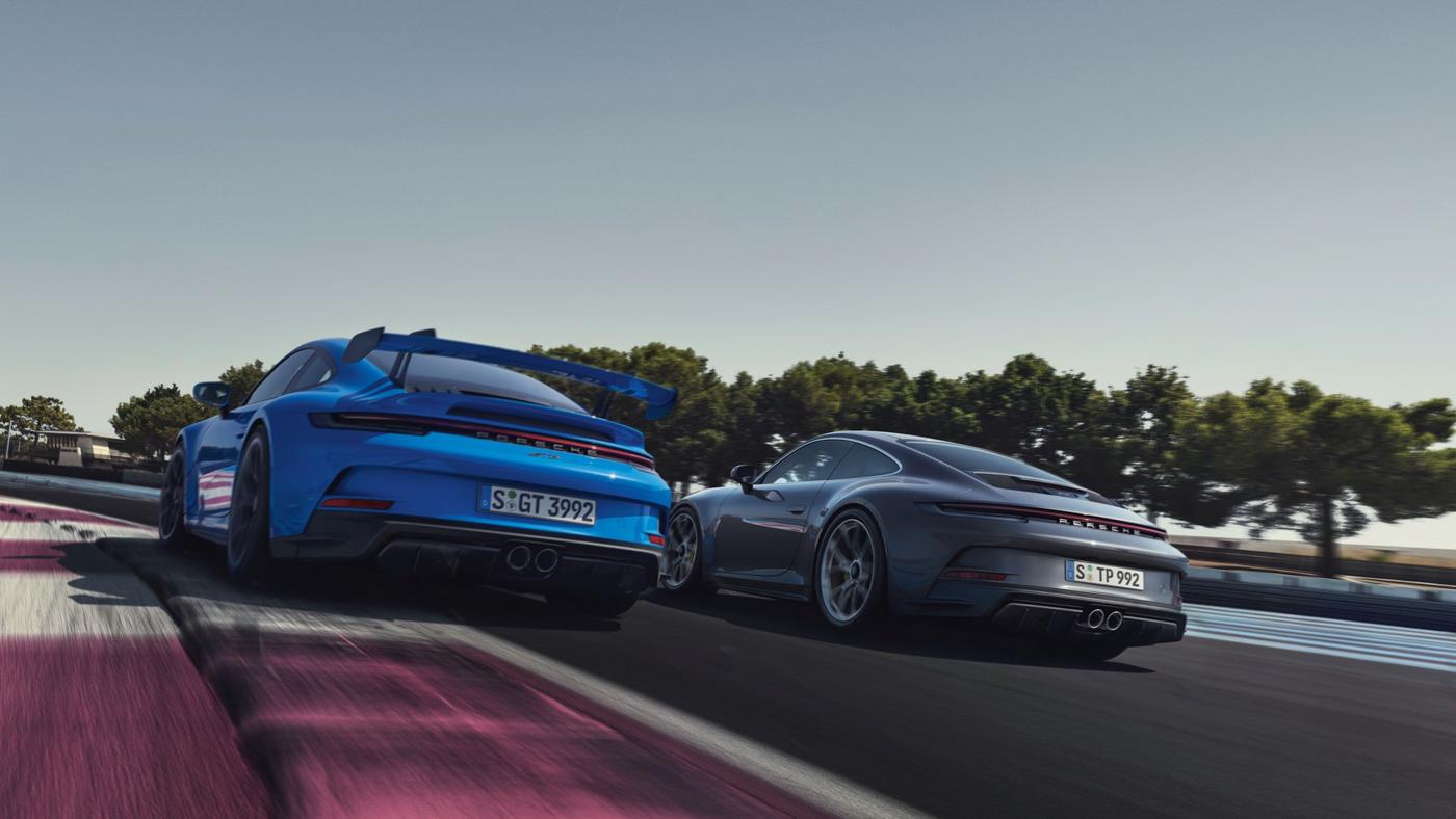 Porsche-911-GT3-Touring-2022-Tìm-lại-sự-phấn-khích-cổ-điển-của-Porsche-18.jpg
