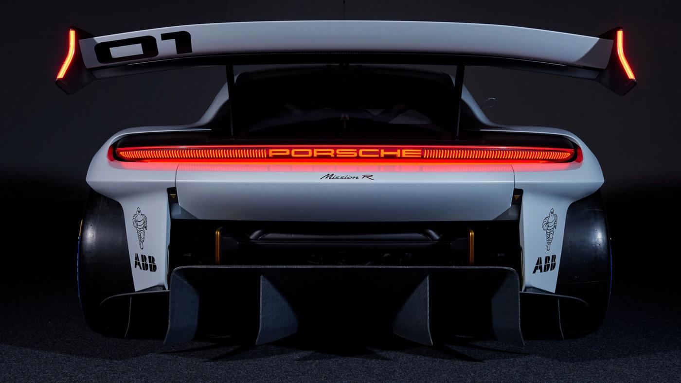 Porsche Mission R Concept (11).JPG