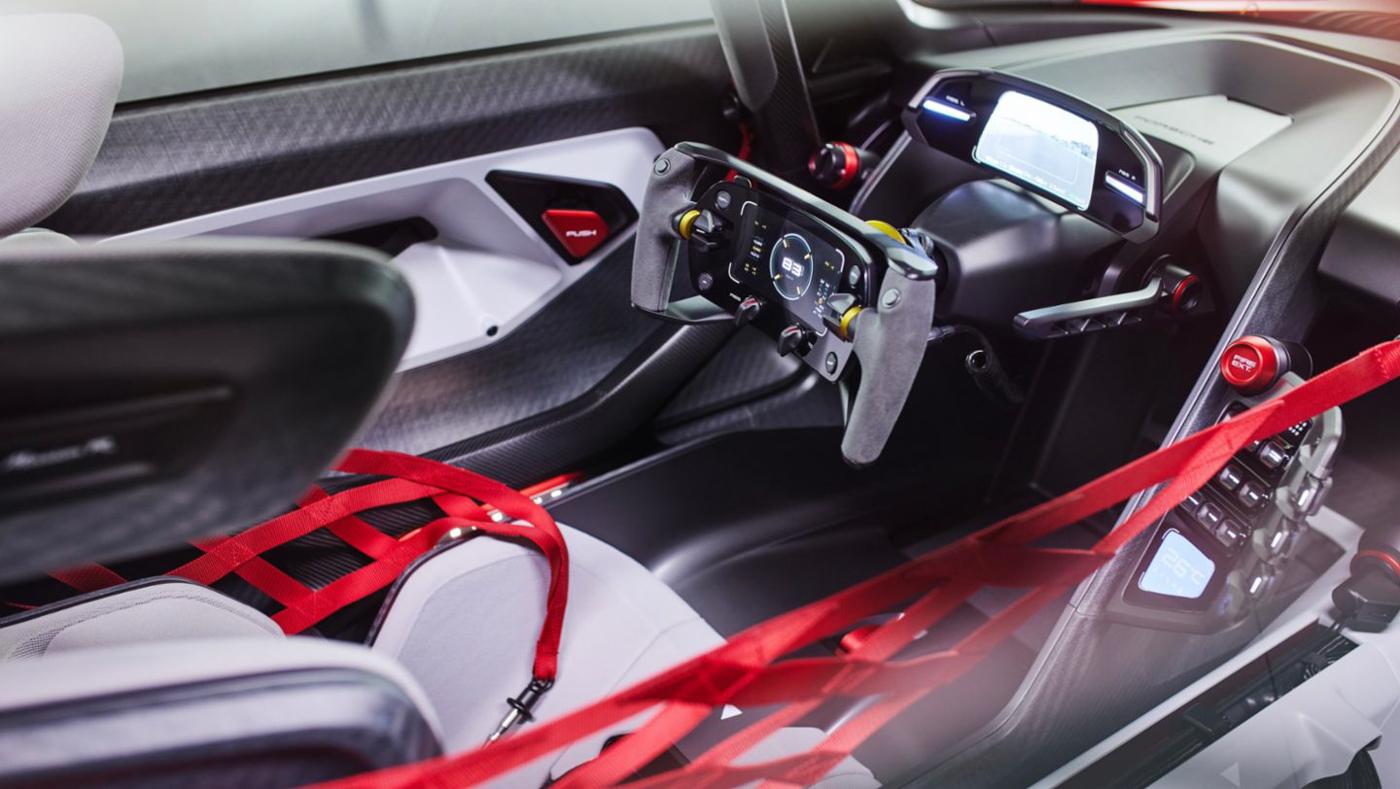 Porsche Mission R Concept (13).JPG
