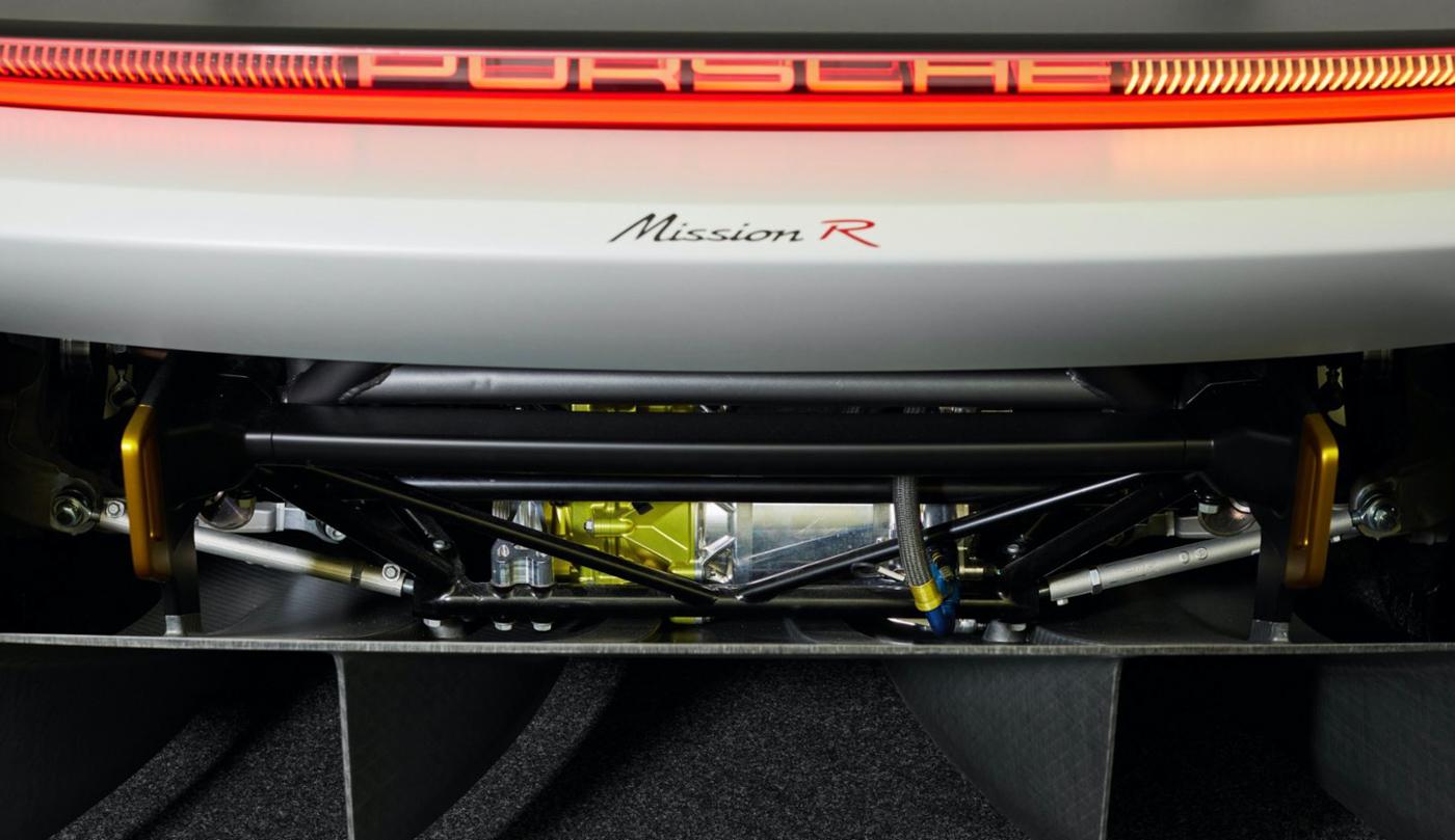 Porsche Mission R Concept (16).JPG