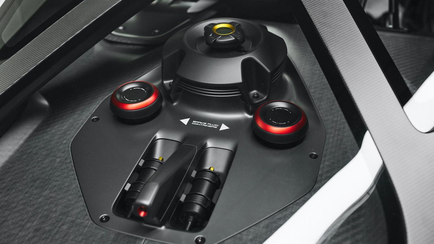 Porsche Mission R Concept (8).JPG
