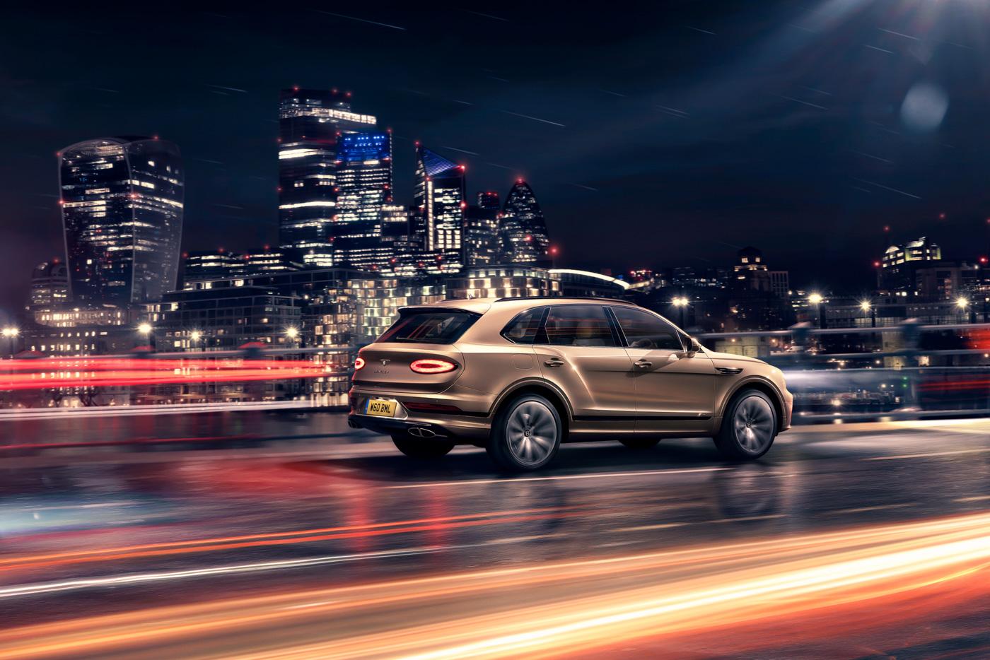 SUV-siêu-sang-Bentley-Bentayga-Hybrid-sẵn-sàng-đến-tay-khách-hàng-tại-Châu-Âu-2.jpg