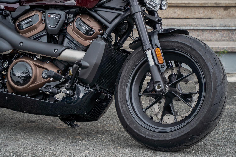 xe-moto-Harley-Davidson-Sportster-S-anh_1.JPG