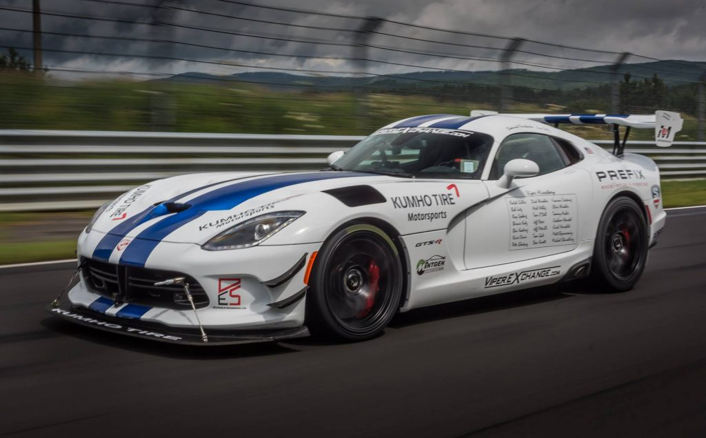 2017-dodge-viper-acr-in-preparation-for-nrburgring-lap-record-attempt_100615554_h-1024x635.jpg