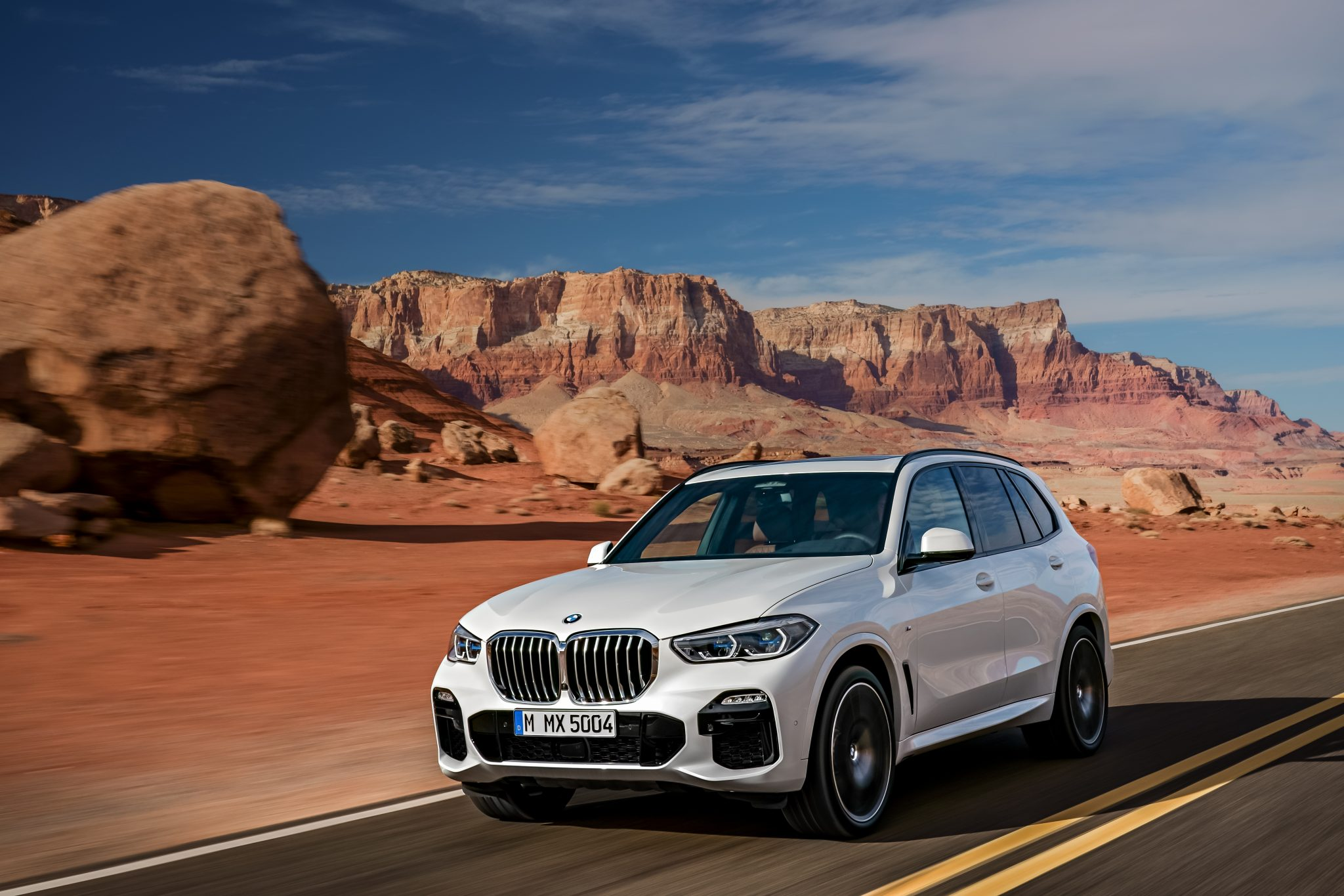 P90303990_highRes_the-all-new-bmw-x5-0-e1528377905370.jpg