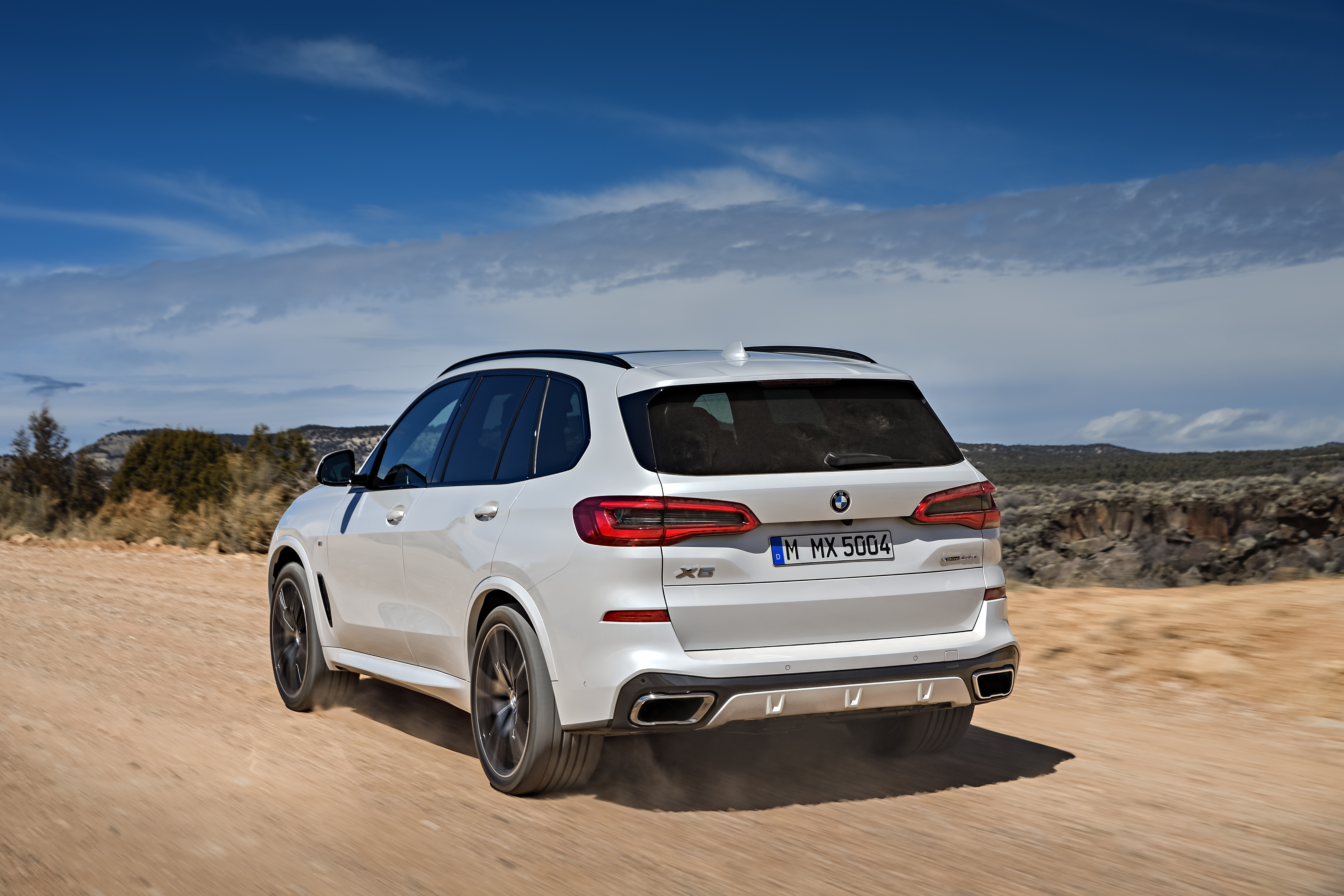P90304004_highRes_the-all-new-bmw-x5-0.jpg