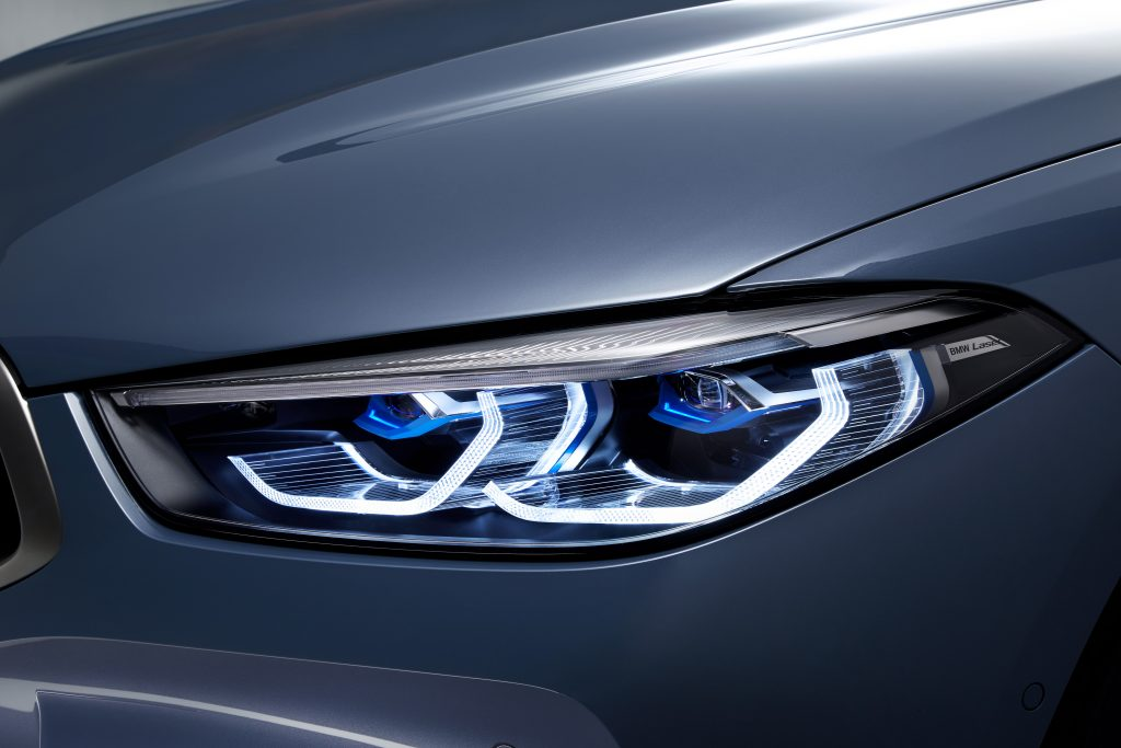 P90306648_highRes_the-all-new-bmw-8-se-1024x683.jpg