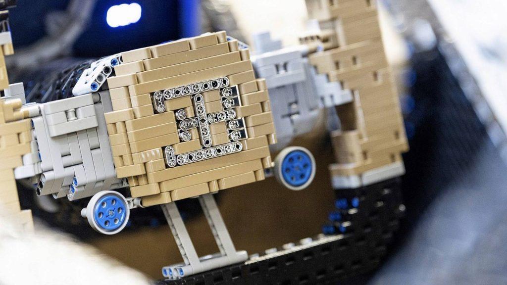 bugatti-chiron-lego-technic-11-1024x576.jpg