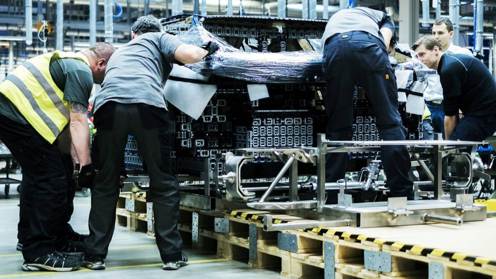 bugatti-chiron-lego-technic-11-11-1024x576.jpg
