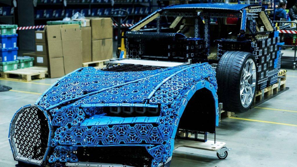 bugatti-chiron-lego-technic-11-13-1024x576.jpg