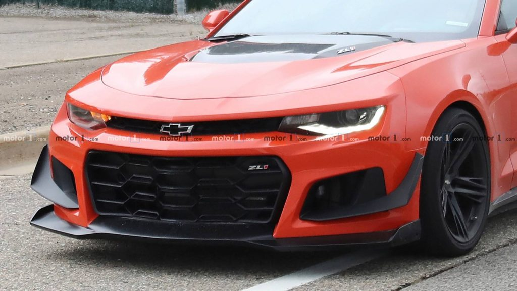 2019-chevy-camaro-zl1-1le-spy-shot-7-1024x576.jpg