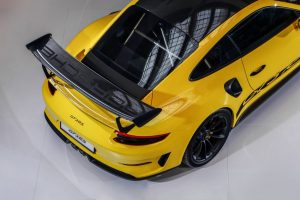 2018-Porsche-911-GT3-RS-3-850x567-300x200.jpg