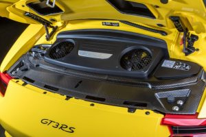 2018-Porsche-911-GT3-RS-5-850x567-300x200.jpg