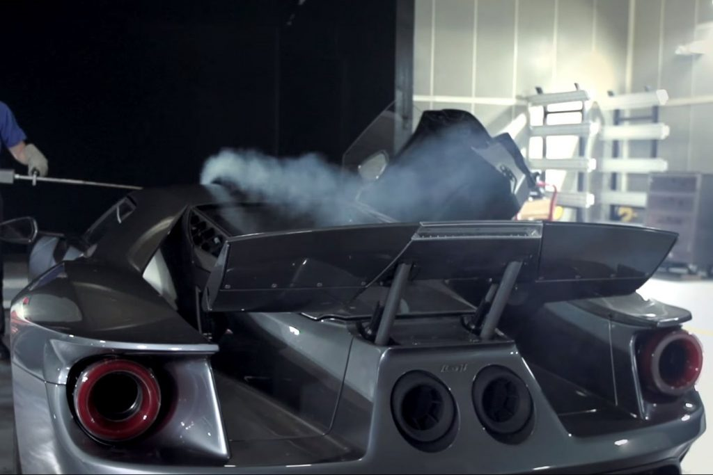 Ford-GT-rear-wing-main-1024x683.jpg