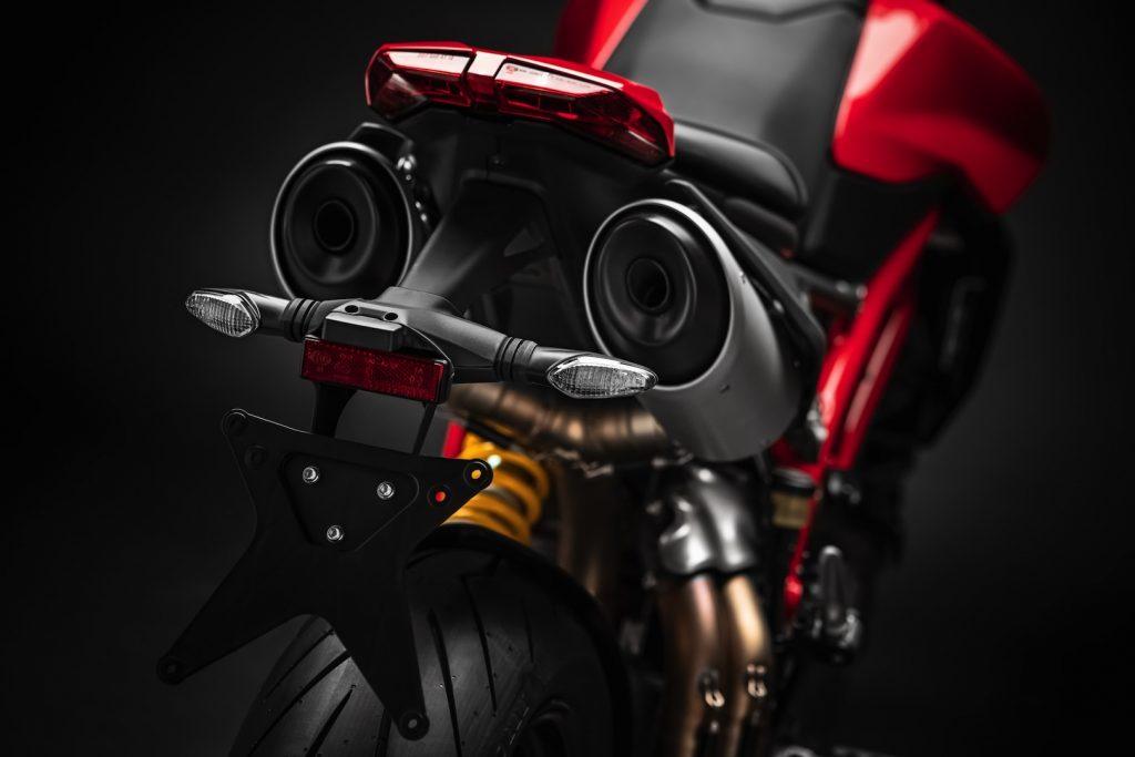 2019-Ducati-Monster-Hypermotard-950-First-look-supermoto-motorcycle-2-1024x683.jpg