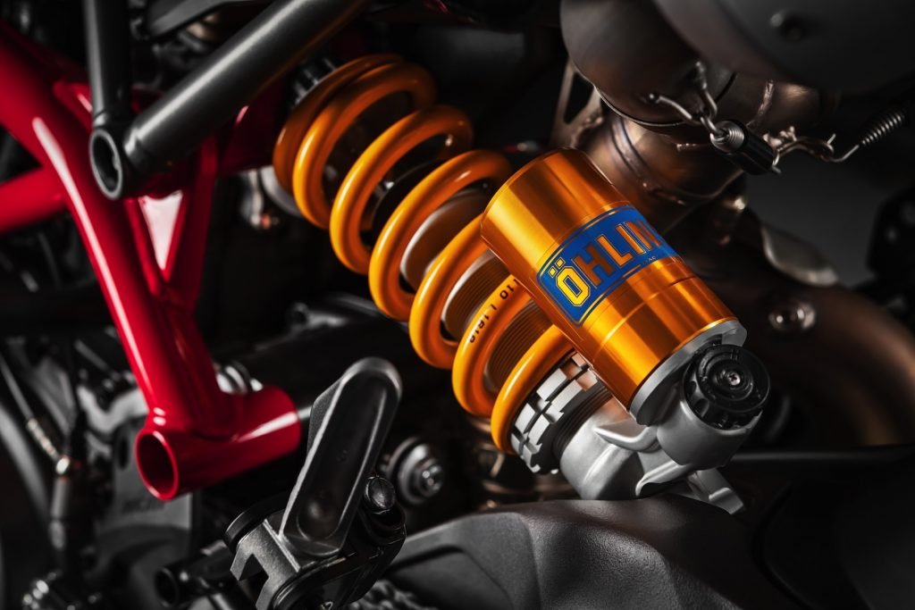 2019-Ducati-Monster-Hypermotard-950-SP-First-look-supermoto-motorcycle-4-1024x683.jpg
