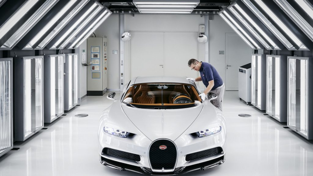 2017-bugatti-chiron-production-at-molsheim-factory-12-1024x576.jpg