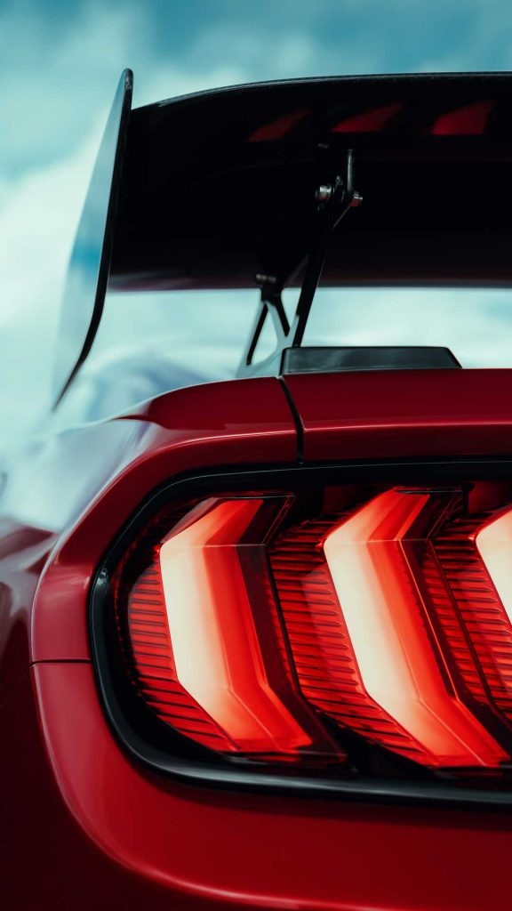 2020-ford-shelby-gt500-13-576x1024.jpg