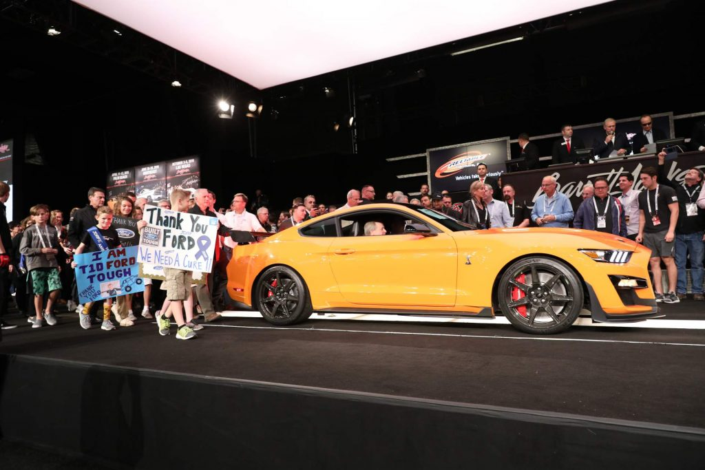 8fbb5a79-2020-ford-mustang-shelby-gt500-auction-1-1024x683.jpg