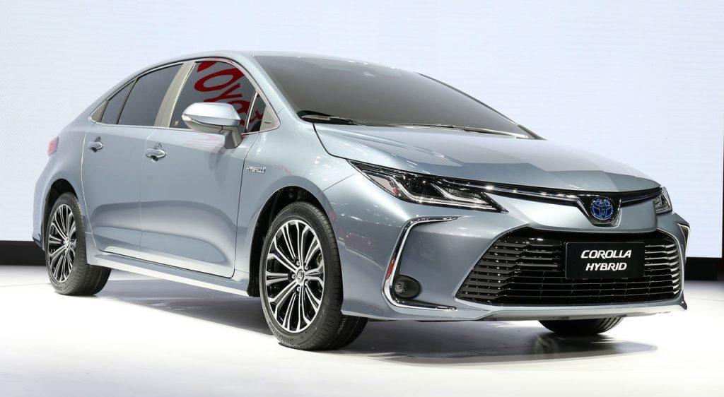 2019-Toyota-Corolla-sedan-13-1024x562.jpg