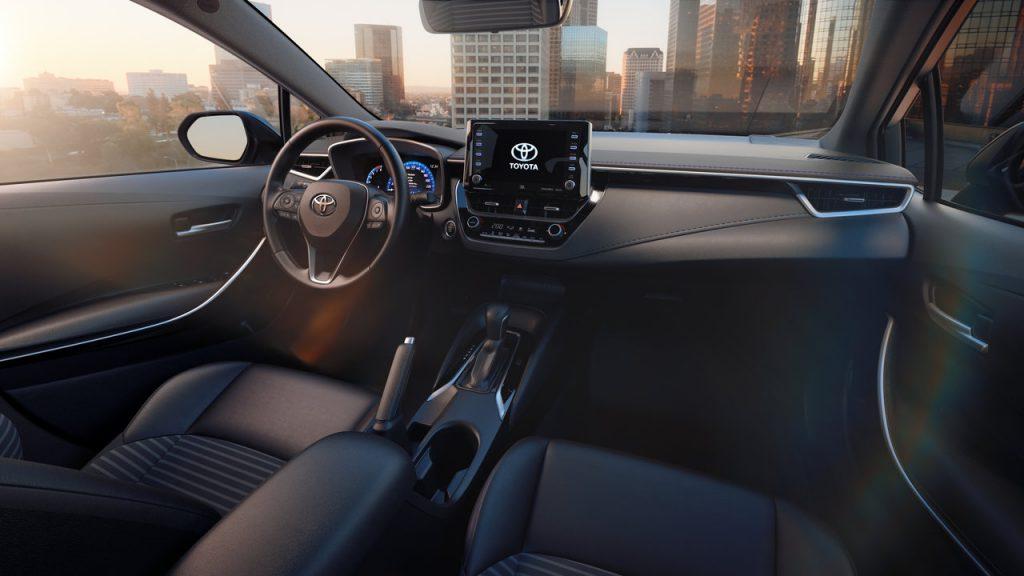 2019-Toyota-Corolla-sedan-5-1024x576.jpg