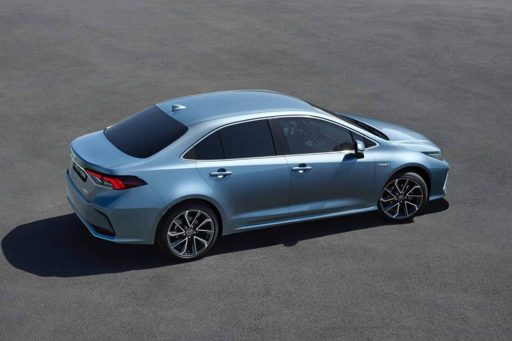 2019-toyota-corolla-sedan-euro-spec-02-1024x683.jpg