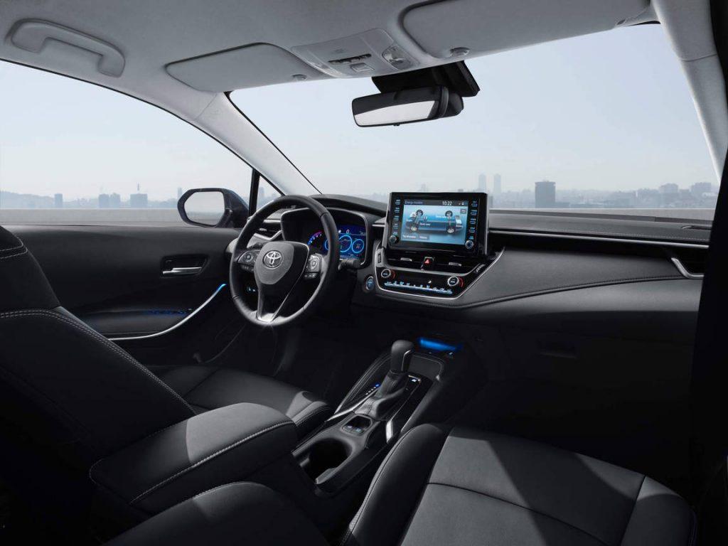 2019-toyota-corolla-sedan-euro-spec-03-1024x768.jpg