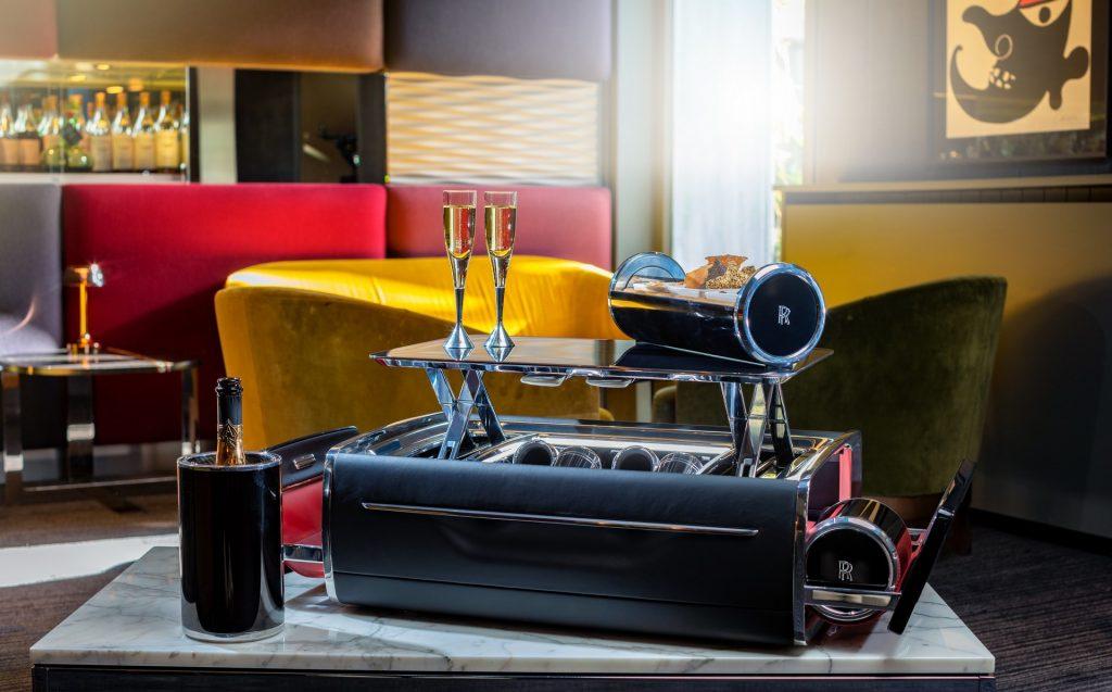 41aa5e27-rolls-royce-champagne-chest-10-1024x637.jpg