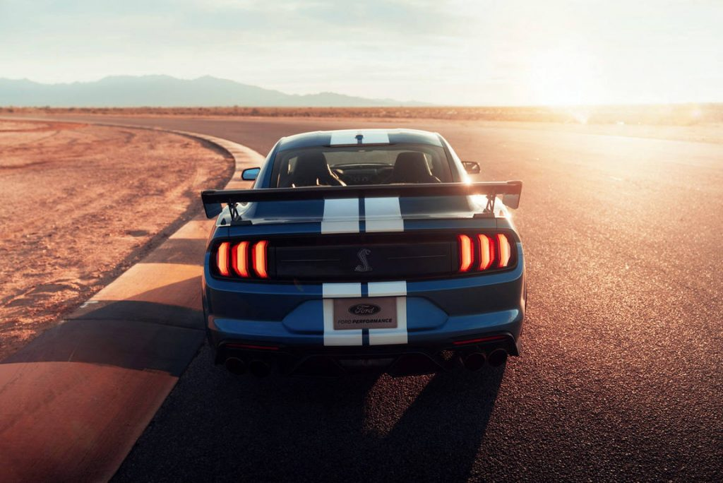 2020-ford-mustang-shelby-gt500-03-1024x684.jpg
