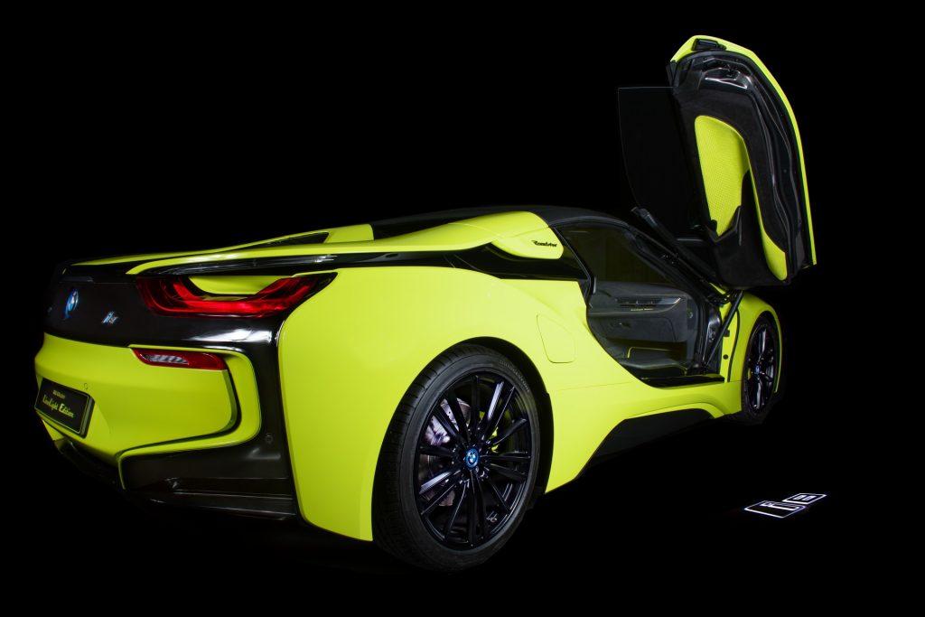 BMW-i8-Roadster-LimeLight-Edition-16-1024x683.jpg