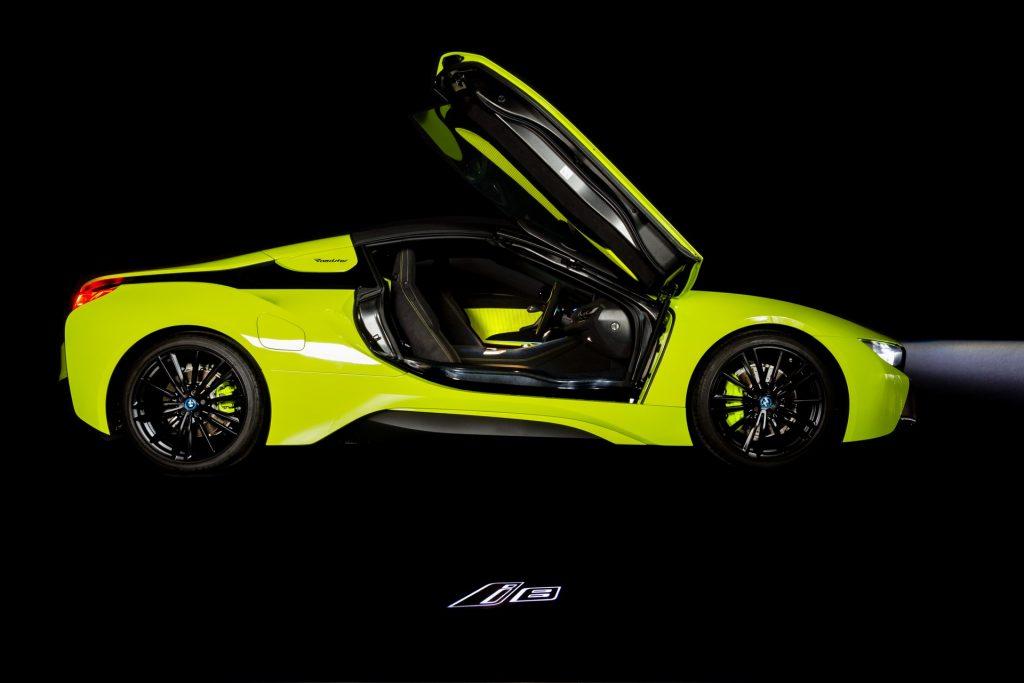 BMW-i8-Roadster-LimeLight-Edition-2-1024x683.jpg