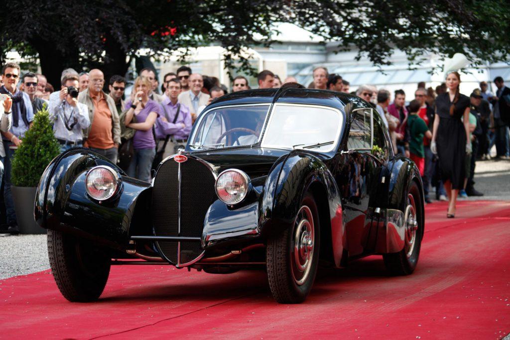 1938-Bugatti-57SC-Atlantic-at-the-Concorso-dEleganza-Villa-dEste-2013-22-1024x683.jpg