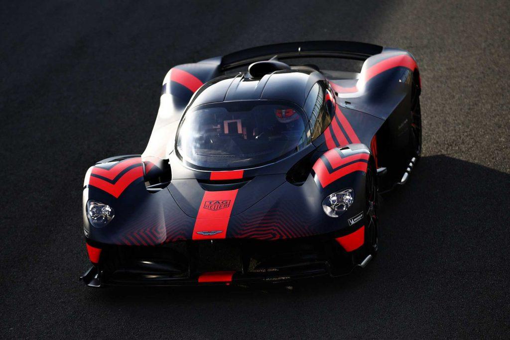 Aston-Martin-Valkyrie-Testing-02_result-1024x683.jpg