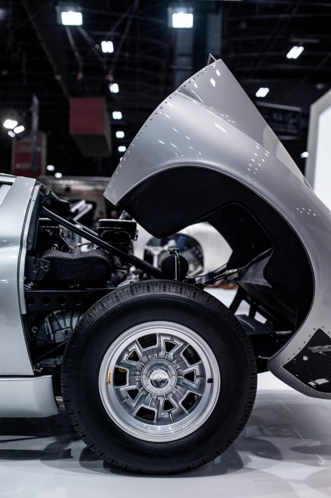 Lamborghini-Miura-SVJ-at-Retromobile-2020-4-681x1024.jpg