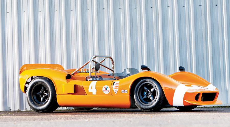 1966-mclaren-m1b-group-7-can-am-racer-front.jpg