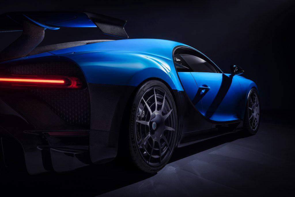 Bugatti-Chiron-Pur-Sport-18-1024x683.jpg
