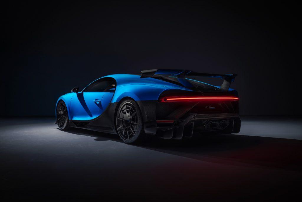 Bugatti-Chiron-Pur-Sport-2-1024x683.jpg