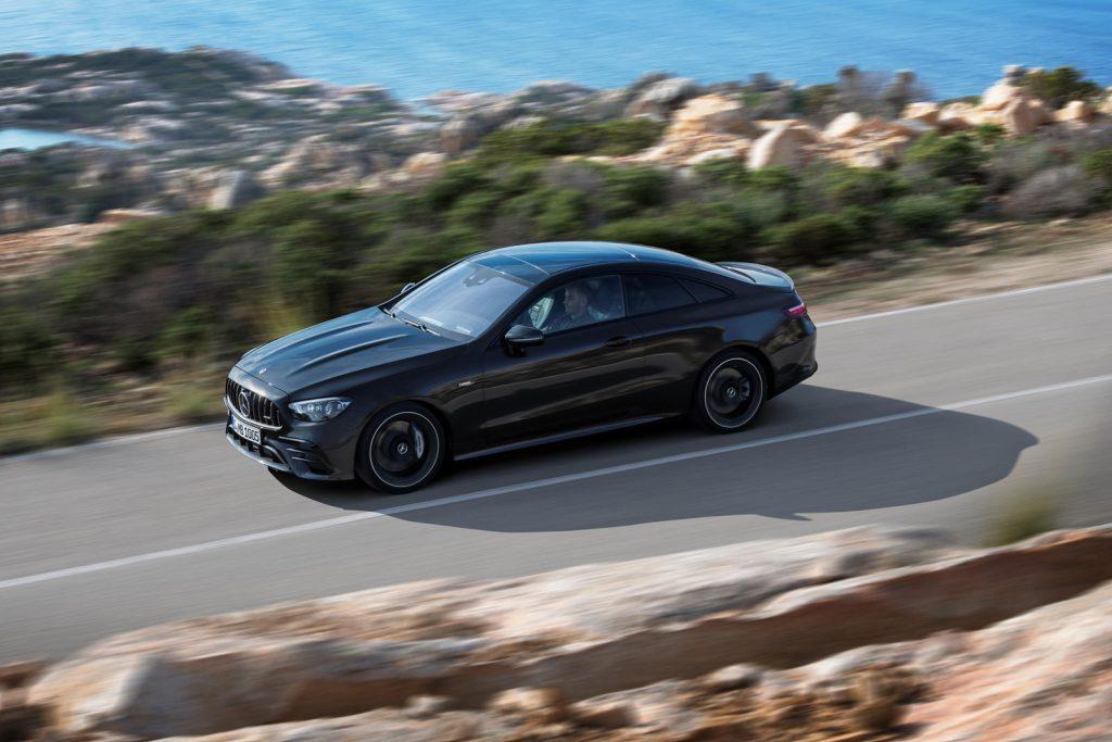 Mercedes-Benz-E-Class-Coupe-Cabriolet-16-1024x683.jpg