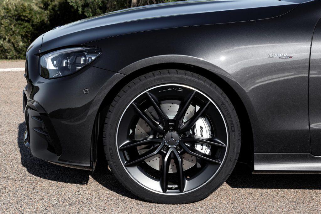 Mercedes-Benz-E-Class-Coupe-Cabriolet-9-1024x683.jpg