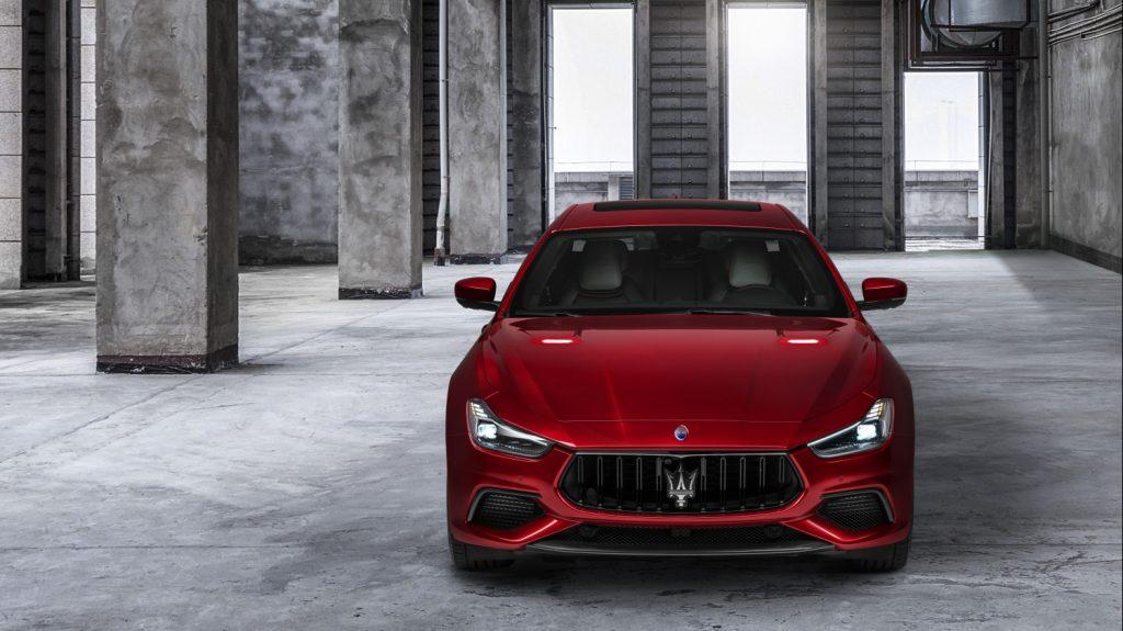 Small-16735-MaseratiGhibliTrofeo-1024x575.jpg