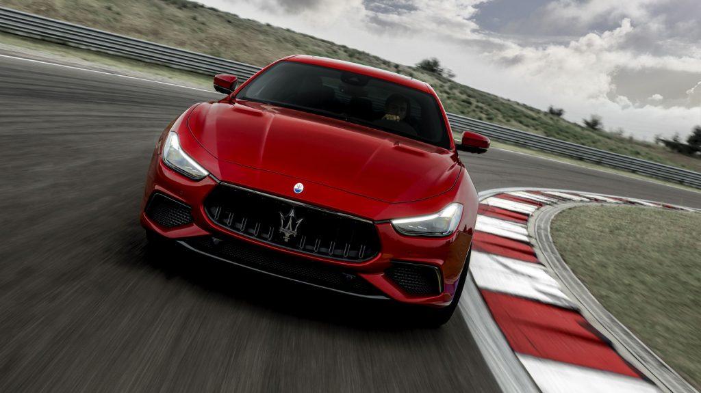 Small-16751-MaseratiGhibliTrofeo-1024x575.jpg