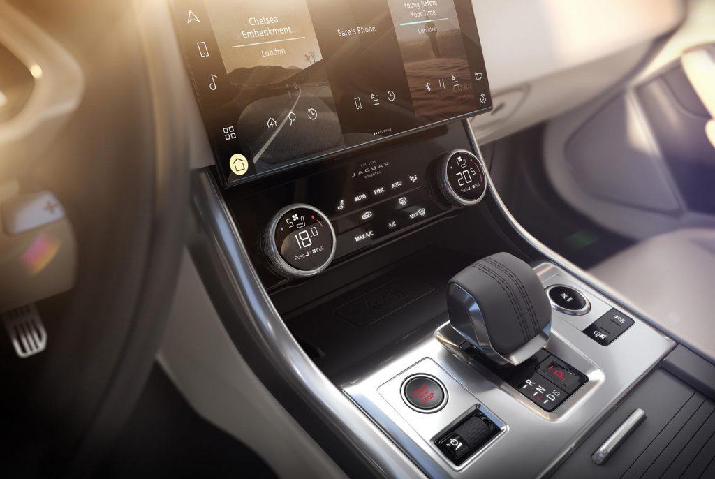 Jaguar-XF-2021-14-1024x686.jpg