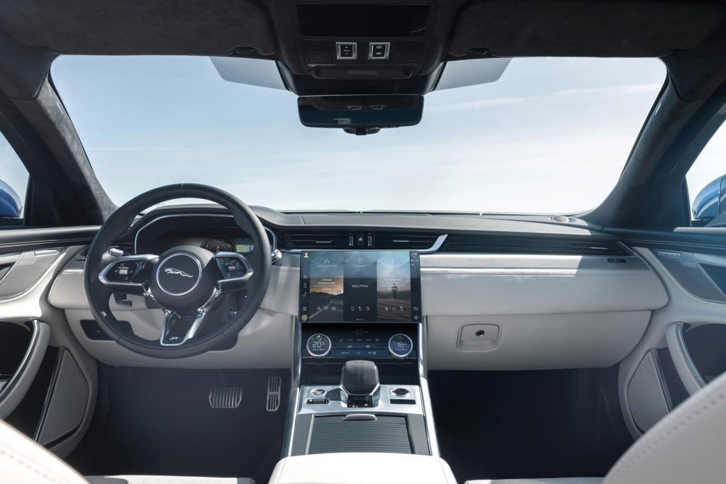 Jaguar-XF-2021-20-1024x683.jpg