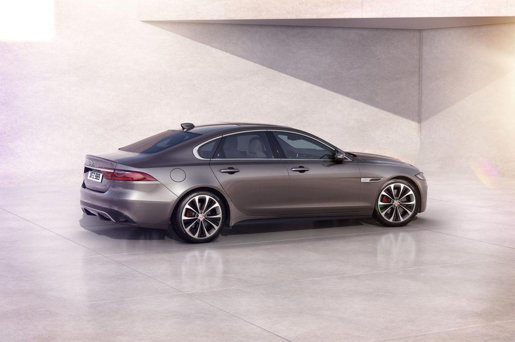 Jaguar-XF-2021-21-1024x681.jpg