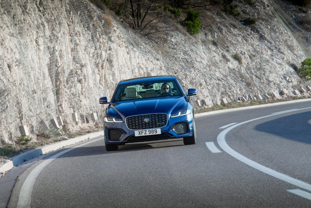 Jaguar-XF-2021-34-1024x683.jpg
