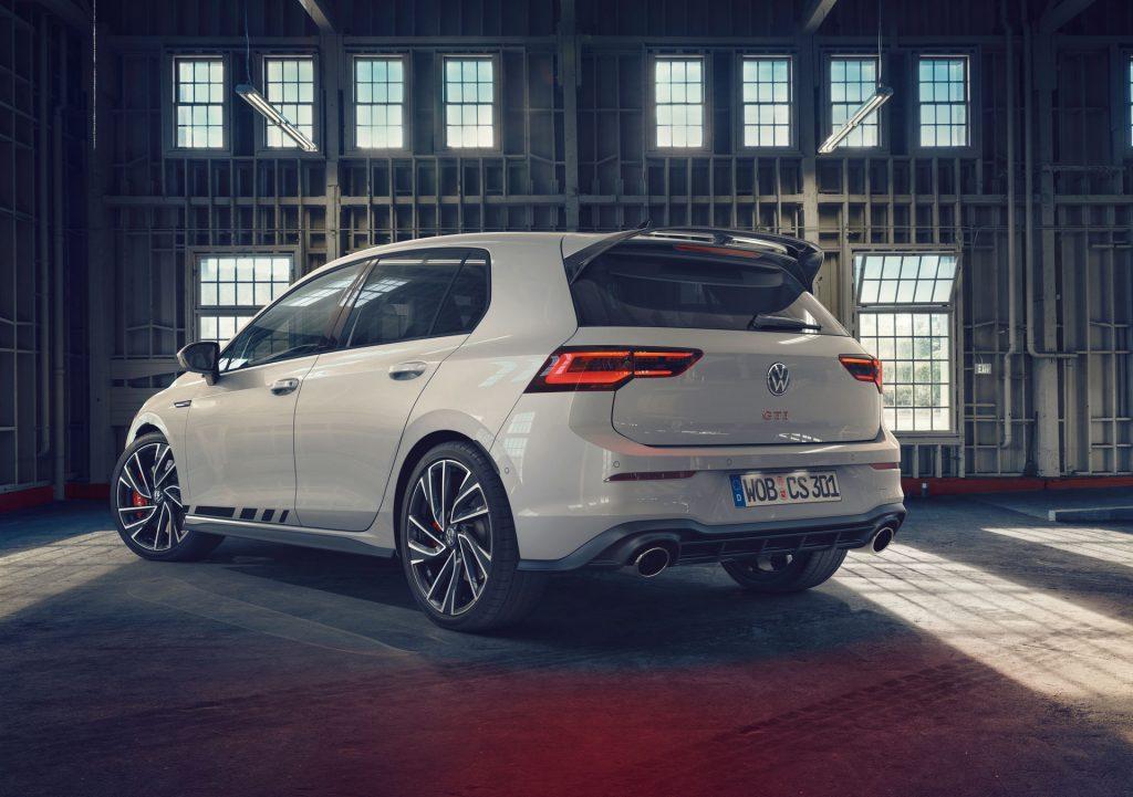 VW-Golf-GTI-Clubsport-2-1024x721.jpg