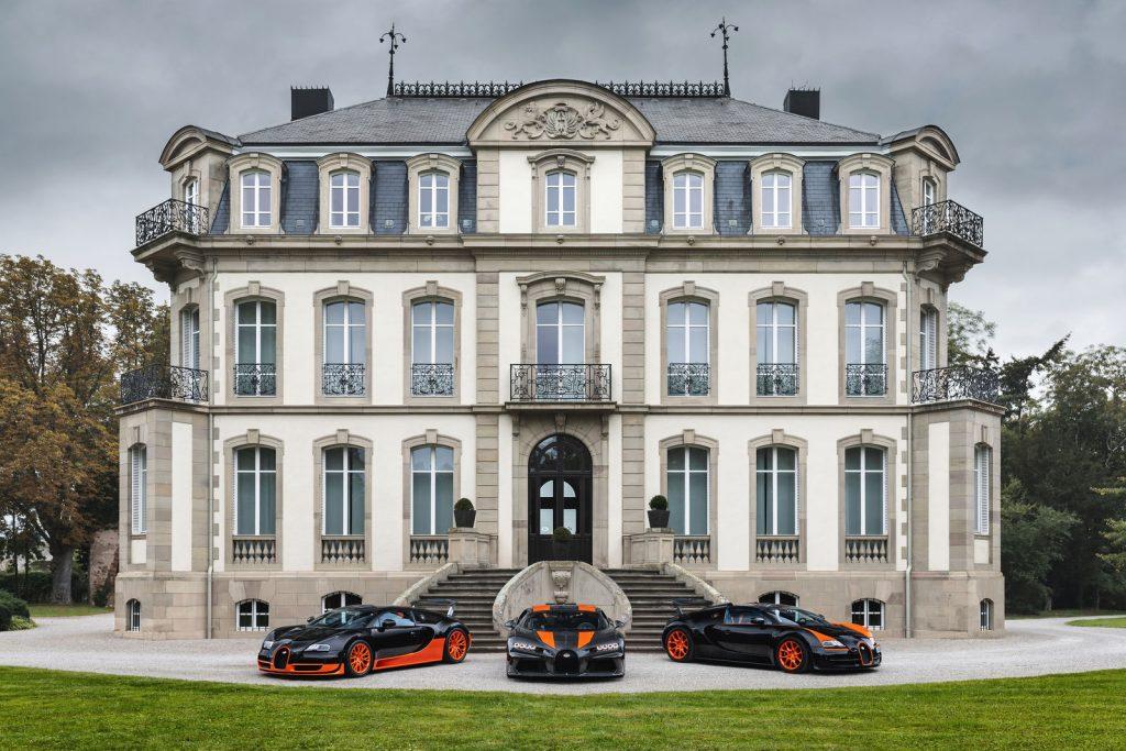 10-cot-moc-toc-do-dang-nho-cua-Bugatti-2-1024x683.jpg