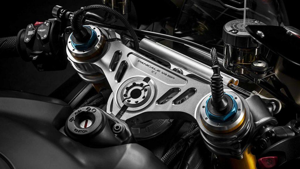 2021-ducati-panigale-v4-sp-steering-stem-1024x576.jpg