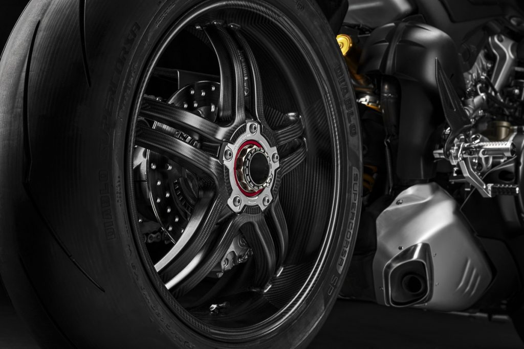 2021_ducati_panigale_v4_sp_limited_edition_specs_carbon_fibre_wheels_14-1024x683.jpg