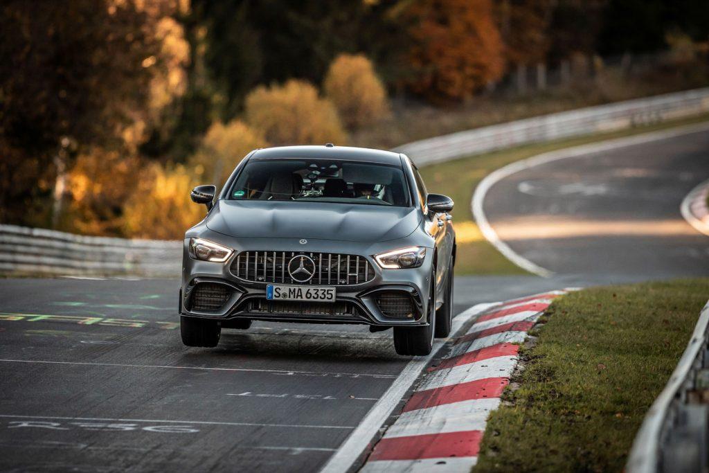 Mercedes-AMG-GT-63-S-lap-ky-luc-o-nurburgring-4-1024x683.jpg